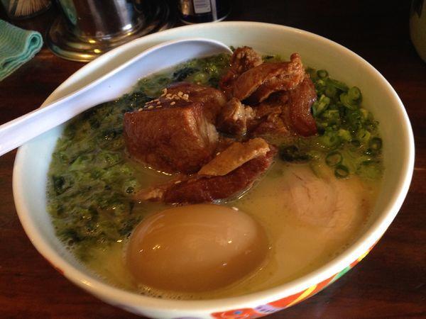 「角煮味玉入り」@らーめん まる玉 両国店の写真