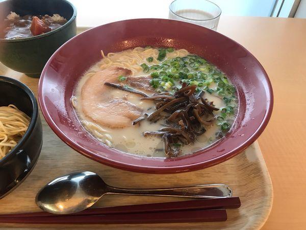 「白玉ラーメン(ミニカレーセット)」@獨協大学 学生食堂の写真