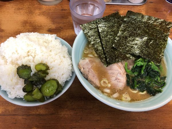 「チャーシュー麺 850円」@横浜ラーメン 武蔵家 船橋店の写真