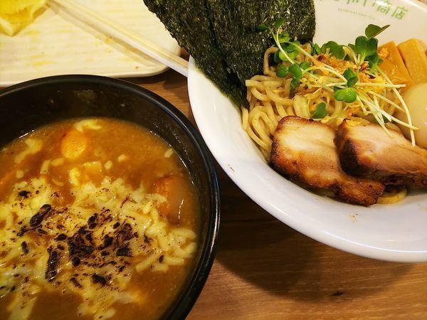 「カレーつけ麺」@はつがい商店の写真