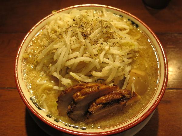 「麺少なめ味玉付:780円」@らーめんバリ男 大門店の写真