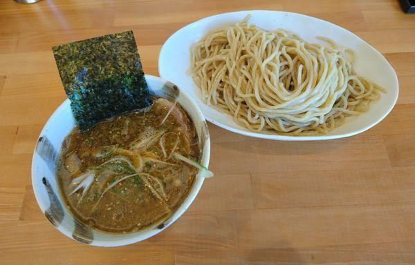「月木曜日限定 煮干つけ麺 出汁玉」@らーめん マル汁屋の写真