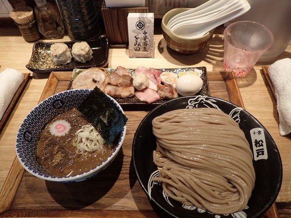 「つけめん(並)+特選全部乗せトッピング+焼売」@中華蕎麦 とみ田の写真