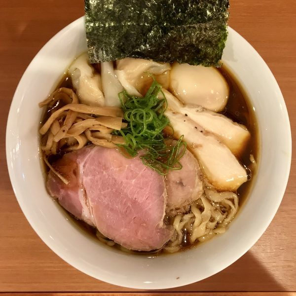 「特製ラーメン 醤油 ¥1080円」@自家製手もみ麺 鈴ノ木の写真