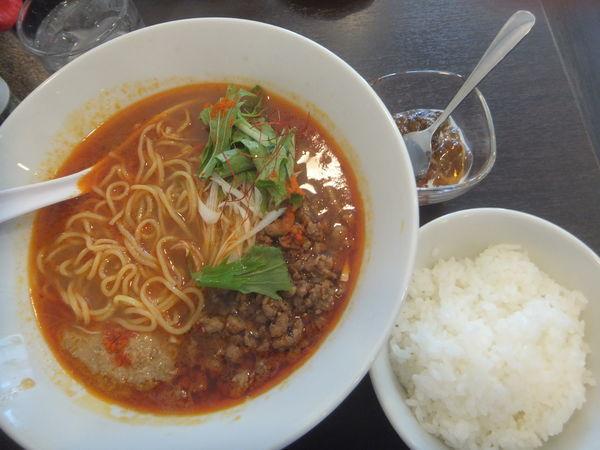 「白ごま坦々麺(辛め)880円(ランチタイムサービスあり)」@柏担々麺の写真