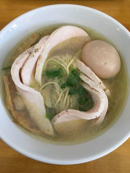 「ゆず塩そば味玉肉増量+鶏チャーシュー追加」@拉麺 はま家 沖野店の写真