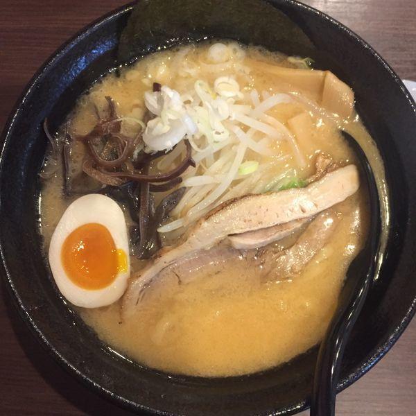 「味噌とんこつ 麺少なめ 850」@豚骨ラーメン ぜろや 稲毛海岸店の写真