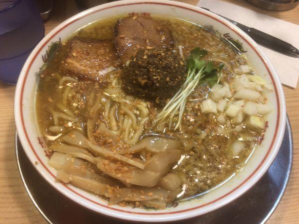 「カレーなアブラ煮干そば+味玉:980円」@煮干そば 流。の写真