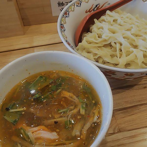 「【限定】冷しピリ辛塩つけ麺」@くじら食堂 nonowa東小金井店の写真