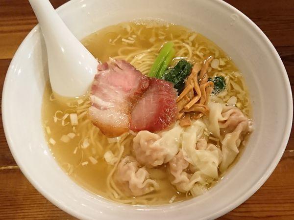 「塩ワンタン麺(5個)」@らーめん穀雨の写真