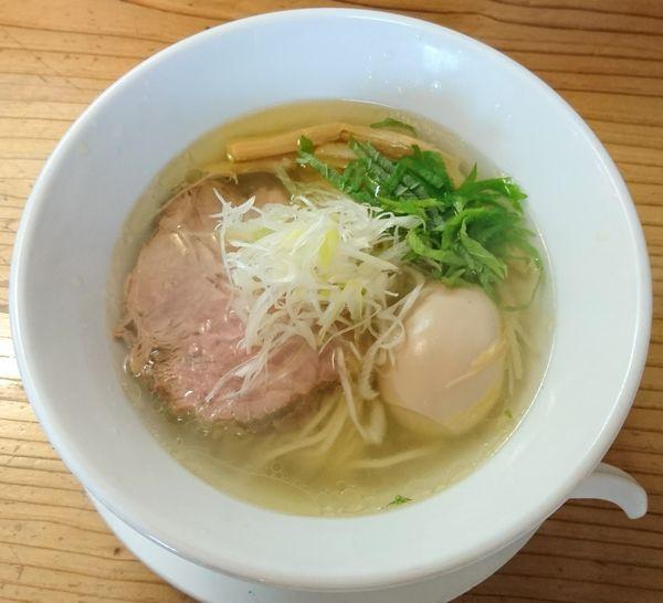 「鶏塩+味玉」@麺蔵 あつおの写真