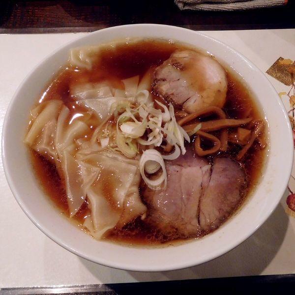 「東京神保町らーめん昔味 ワンタン麺(細麺 850円)」@麺や 菜かむらの写真