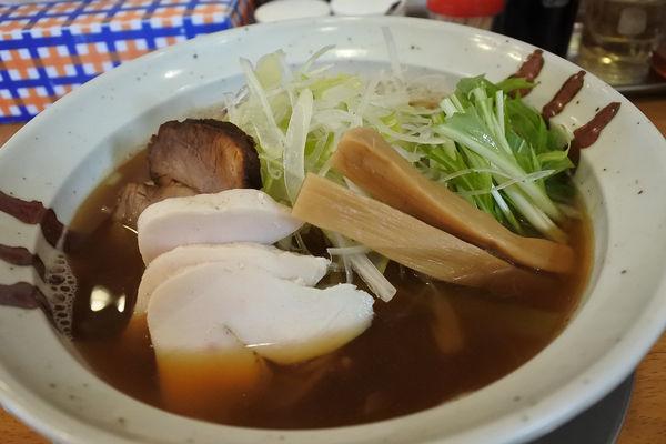 「【限定】裏煮干しら~めん¥780+白ネギ¥50」@中華そば かずしのの写真