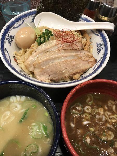 「鶏白湯VS鶏魚介 2種つけ麺 ¥1,250」@つけ麺や 武双の写真