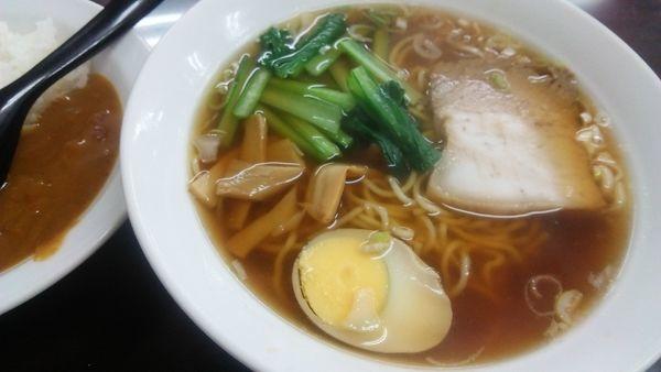 「ラーメン&半牛すじカレー丼 730円(だったかな)」@ラーメン餃子専科 天下一の写真