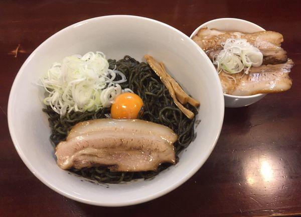 「【2周年記念 夜限定】ネロまぜ+炙りチャーシュー丼」@らーめん風の写真