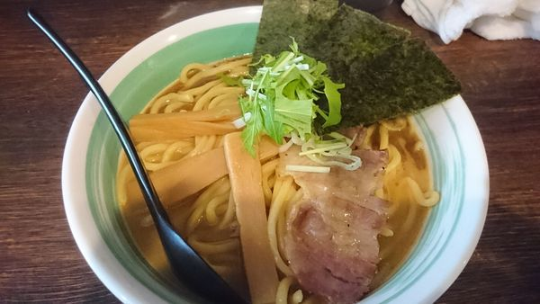 「らぁめん 中盛り ¥850」@自家製麺 麺屋 利八の写真