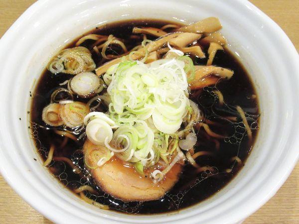 「黒醤油らーめん(700円)」@らぁめん次元の写真