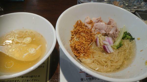 「冷たい油そば(限定、1000円)」@塩生姜らー麺専門店MANNISHの写真