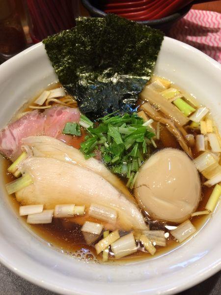 「特製鶏だし醤油RAMEN980円」@RAMEN 火影 produced by 麺処ほん田の写真