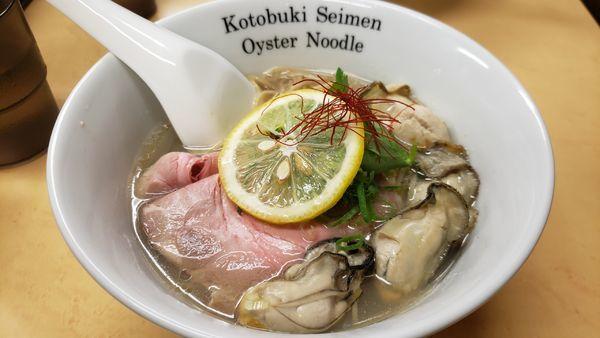 「牡蠣そば 900円」@中華そば よしかわの写真