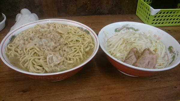 「麺増し大・ネギ(野菜アブラカラメ)¥900」@ラーメン二郎 品川店の写真