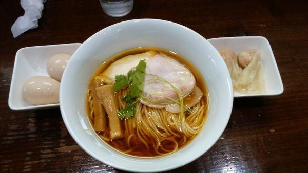 「味玉鶏そば¥750-+ワンタン¥200-+味玉¥100-」@らぁめん サンドの写真