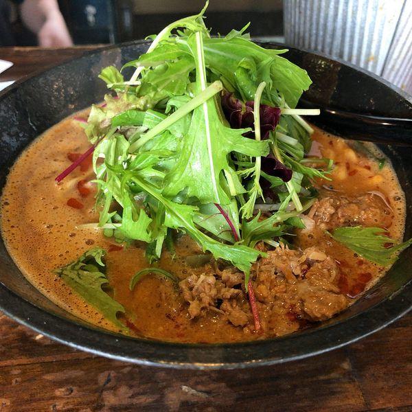 「担々麺・赤(870円)」@担々麺専門店 GOMAの写真