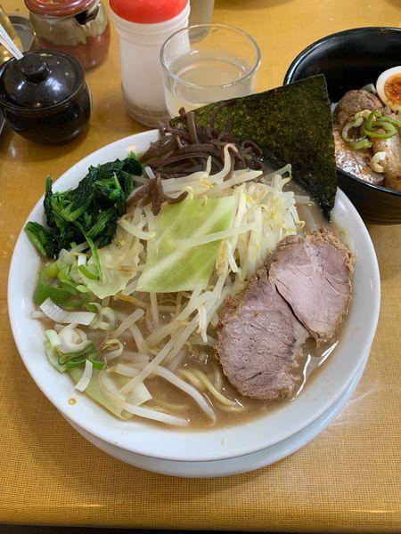 「ラーメン+キャベもやし+チャーシュー丼」@うまいヨ ゆうちゃんラーメンの写真