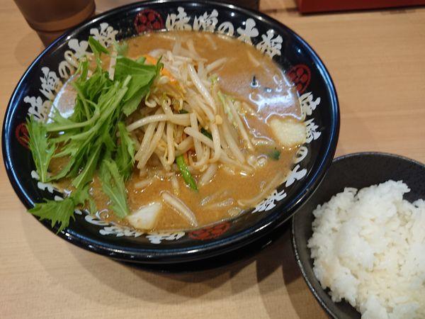 「味噌らーめん680円+半ライス(ランチサービス)」@味噌の大将 江古田店の写真