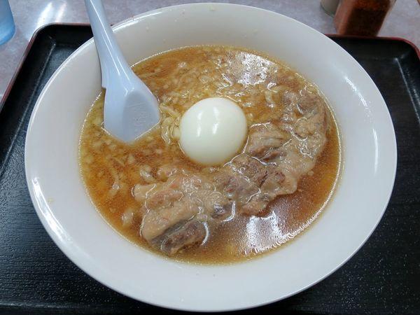 「豚バラ軟骨ラーメン 500円」@うどんのゴチの写真