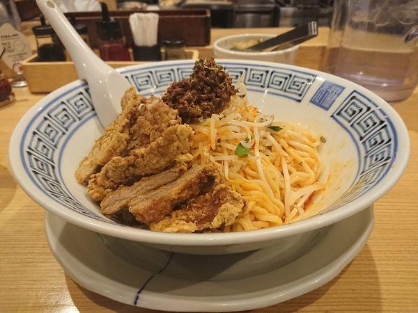「四川産青山椒の汁なし担々麺+排骨」@希須林 赤坂店の写真