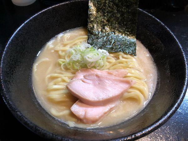 「鶏白湯」@麺s慶の写真