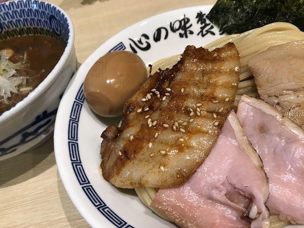 「特製豚骨魚介つけ麺 1,000円 中盛 50円」@心の味製麺の写真