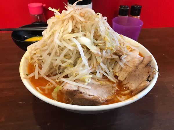 「辛いラーメン300g+生卵」@龍麺 ふえ郎の写真
