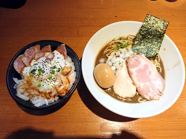 「味玉濃厚蕎麦+肉飯」@亀戸煮干中華蕎麦 つきひの写真
