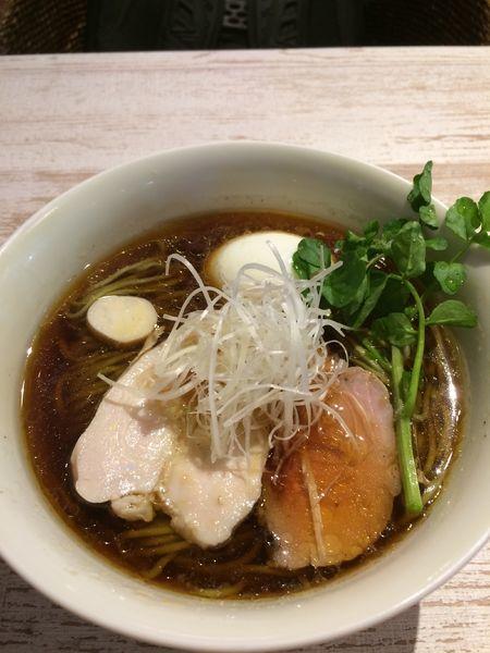 「名古屋コーチン味玉の醤油972円」@BumBunBlauCafe with BeeHiveの写真
