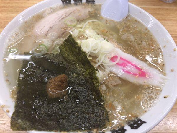 「塩ラーメン+餃子3個=989円」@田村屋の写真