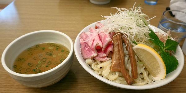 「冷やし煮干しつけ麺しお 大盛」@麺屋 つるるの写真