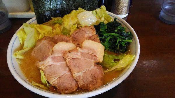 「レタスチャーシュー麺」@横浜家系ラーメン 中島家の写真