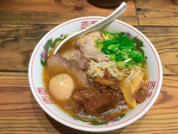 「特製鳥取牛骨 1,000円」@ナベラボ 池袋〝牛骨ラーメン〟の写真