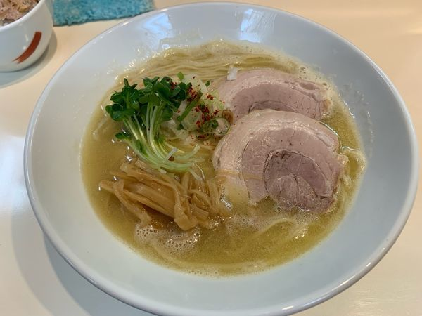 「ホワイト・クリーミィーぱいたん(うま塩)」@らぁ麺 ひなたの写真