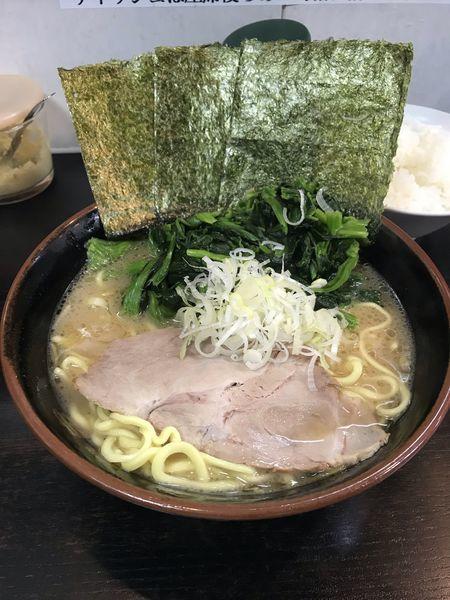 「ラーメン+ほうれん草+ライス」@雷家の写真