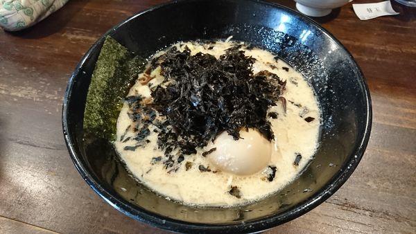 「味噌豚骨磯のりラーメン 味玉子」@四十三代目 哲麺 入間宮寺店の写真