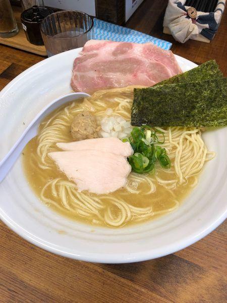「濃厚鶏白湯そば」@麺屋 ゆるり。の写真