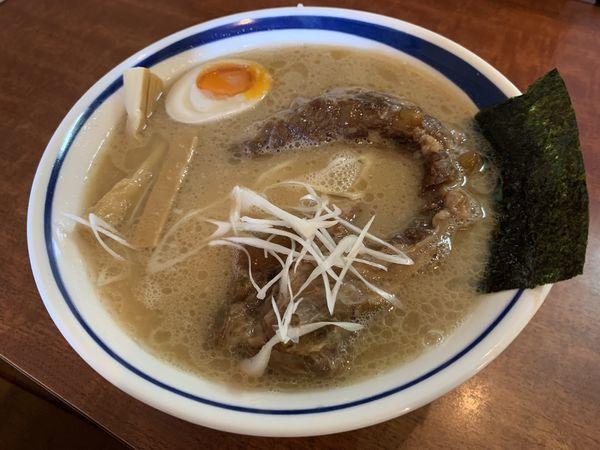 「豚軟骨チャーシュー麺」@ラーメン麺丸の写真
