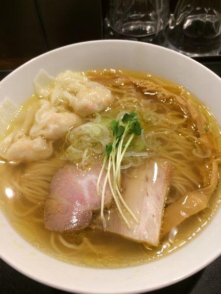 「えびワンタン塩らぁ麺980円」@らぁ麺 やまぐち 辣式の写真