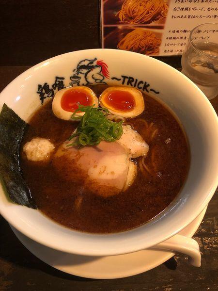 「味玉鶏と鰹の醤油らーめん」@鶏喰~TRICK~の写真