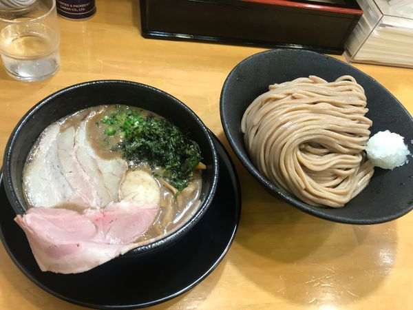 「煮干しつけ麺」@自家製中華そば 麺の虜の写真