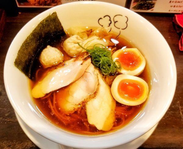 「特製鶏の醤油ラーメン」@鶏喰~TRICK~の写真
